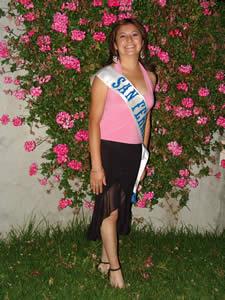 Elección de la Reina del Azuay 2005 .- Angelita del Pilar Romero, representante del Cantón San Fernando