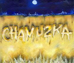 Chamuzca .- Chamuzka es una banda proyecto experimental, basada en la fusión de ritmos y sonidos, buscando explorar nuevas dimensiones musicales, tratando a la vez de encontrar el equilibrio proyección, satisfacción.