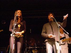 Pamela Cortés en Cuenca .- Como animadores del Concierto de Pamela Cortés en Cuenca, estuvieron Javier Pimentel y Paloma Fiusa