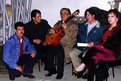 JC Rojas .- Su primer trabajo musical, se lo dedica al pueblo Ecuatoriano y Latinoamericano que gusta del poema y sentimiento que encierran sus canciones
