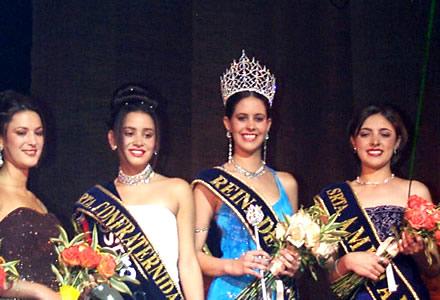 Reina de Cuenca 2002 .- Andrea Loyola, María Belén Borrero (Srta. Confraternidad), María Victoria Arbeláez (Reina de Cuenca) y Paula Silva (Srta. Amistad)