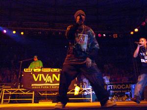 Don Omar en Cuenca .- Trébol Clan está integrado por Berto y Héctor, quienesrapean bajola guía de DJ Joe. La producción Los Bacatranes cuentacon el flow necesario para ser un palo en la industria discográfica