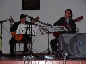 1er Festival Internacional de Guitarra Clásica Cuenca .- La Guitarra, compañera y amiga en todo acontecimiento que llena los corazones de los espectadores, digno homenaje, con grandes maestros