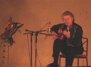 1er Festival Internacional de Guitarra Clásica Cuenca .- Guillermo Ríos es el primer artista flamenco en ser premiado por la Fundación Ford con el premio a la Composición.