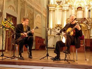 1er Festival Internacional de Guitarra Clásica Cuenca .- Radin Zenkl Es considerado uno de los principales virtuosos de la Mandolina