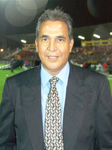 Noche Colorada 2006 .- Diego Barragán, Director Técnico Colombiano, quien dirige el Expreso Austral en la Temporada 2006