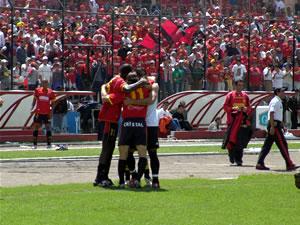 Temporada 2005 .- La fuerza y el deseo de hacer mejor las cosas en ese segundo tiempo hicieron que llegara la tercera conquista a través de Carnero al minuto 47 cuando ya se jugaban los adicionales de este partido.
