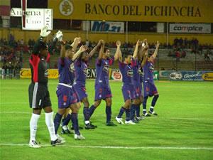 Temporada 2005 .- El Olmedo de la ciudad de Riobamba con el gol del brasileño Luís Faviano obtuvo una importante victoria, que le ubica entre los primeros de la tabla de valores. Los olmedinos mostraron una mejoría, con respecto a sus últimas actuaciones, lo que le valió para terminar con el invicto de 14 fecha que tenía el Deportivo Cuenca