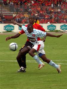 Temporada 2005 .- Nuestro querido Campeón 2004 tubo su racha de malos momentos, una de ellas perder de una forma muy triste ante el Deportivo Quito el cual en calidad de visitante goleo por 4 tantos a 0 a nuestro Equipo.