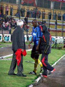 Temporada 2005 .- Al minuto 30 el profesor Comesaña cambia a Calderón quien tenía molestias en su pierna por una contractura y fue remplazado por Coroso.