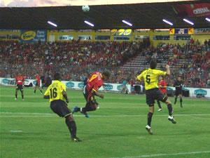 Temporada 2005 .- Siguió el partido y no se vio lo que todos esperaban, el Deportivo Cuenca intento mucho y no logro aprovecharse de la ventaja numérica en el campo de juego, ya que Edwin Tenorio fue Expulsado