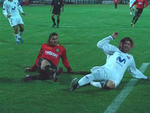 Temporada 2005 .- La racha goleadora del atacante Cristian Carnero apareció. En primera instancia, a los 29 minutos, tras un magistral pase de Calderón,-el verdugo de Liga-anotó el segundo gol a favor del Cuenca. En ese intervalo el público empezó a soñar con una victoria, que días atrás parecía difícil.