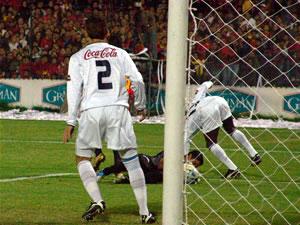 Temporada 2005 .- En el segundo tiempo nuevamente Liga arrancó con una movilidad y ritmo de juego que impidió la asociación del equipo local.