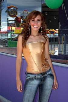 Candidatas a Miss Ecuador 2006 .- Estephani Saman ha Participado en los últimos Fashion Week Realizados en Guayaquil