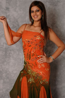 Candidatas a Miss Ecuador 2006 .- María Eugenia Macías, Ha Profundizado sus Estudios en Matemáticas y Contabilidad, además fue Candidata a Santa Ana 2005