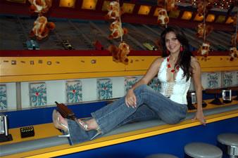 Candidatas a Miss Ecuador 2006 .- Mayra Ríos es de la Ciudad de Machala (Prov. de El Oro). Edad: 22 Años y Estatura de 1.70