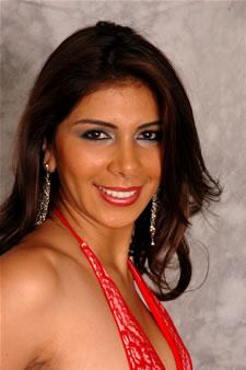 Candidatas a Miss Ecuador 2006 .- Sandra Armijos es Modelo Profesional. Estudia la carrera de Laboratorio Clínico en la Universidad Nacional de Loja, Ha realizado Estudios sobre Periodismo Investigativo y Relaciones Publicas y Habla Ingles y Francés