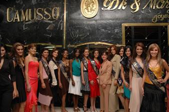 Candidatas a Miss Ecuador 2006 .- Visita de Candidatas a Joyerìa De Marge & Camusso