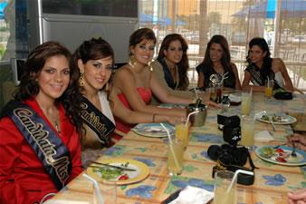 Candidatas a Miss Ecuador 2006 .- Candidatas en su visita a Tratorìa di Carlo