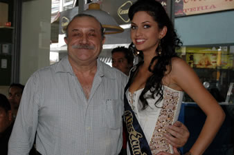 Candidatas a Miss Ecuador 2006 .- Carlo Colombara & Rebeca Flores en las Instalaciones de la Tratorìa di Carlo