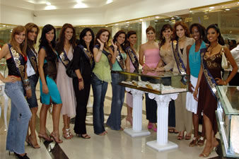Candidatas a Miss Ecuador 2006 .- Visita a Joyerìa Marthita