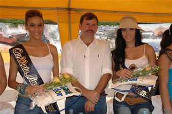 Candidatas a Miss Ecuador 2006 .- Alcalde Lorens Olsen y Candidatas