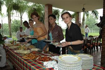 Candidatas a Miss Ecuador 2006 .- Almuerzo en Hda La Victoria Bucay de Olsen
