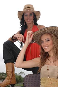 Candidatas a Miss Ecuador 2006 .- Katty Lòpez & Stephanie Saman