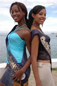 Candidatas a Miss Ecuador 2006 .- Karla Caicedo & Denisse Rodrìguez