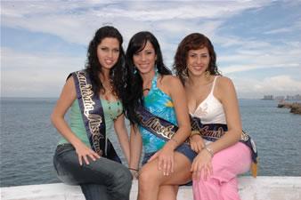 Candidatas a Miss Ecuador 2006 .- Rebeca Flores, Katty Lòpez y Estefani Iturralade
