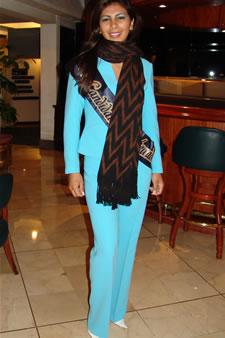 Candidatas a Miss Ecuador 2006 .- Sandra Armijos candidata al certamen de Miss Ecuador 2006 en su arribo a la Ciudad de Cuenca