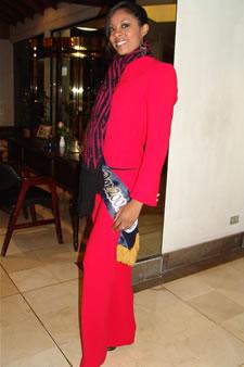 Candidatas a Miss Ecuador 2006 .- Denisse Rodríguez candidata al certamen de Miss Ecuador 2006 en su arribo a la Ciudad de Cuenca