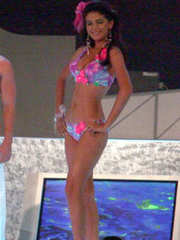 Eleccion Miss Ecuador 2006 .- Mirely Barzola, estudiante de Publicidad y Marketing, tercera finalista del certamen