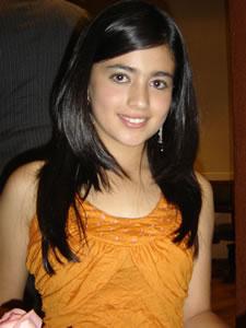 Candidatas a Morlaquita 2006 .- Adriana Avila Machuca, candidata a Morlaquita 2006, representando al Colegio Latinoamericano