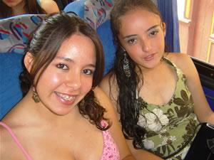 Candidatas a Morlaquita 2006 .- Veronica Valencia Regalado y Andrea Dávila Astudillo, candidatas a Morlaquita 2006, representando al Colegio Asunción