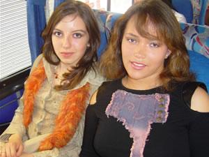 Candidatas a Morlaquita 2006 .- Ana Padron y Andrea Viana, candidatas a Morlaquita 2006, representando al Colegio San Juan de Jerusalen y Cedfi respectivamente