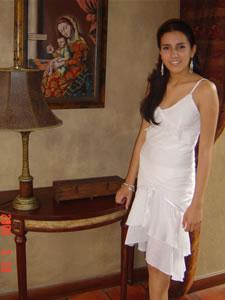 Candidatas a Morlaquita 2006 .- Michelle Paola Ortiz Palacios, candidata a Morlaquita 2006, en la secion de fotos en los Jardines de San Joaquin