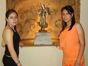 Candidatas a Morlaquita 2006 .- Dalila Nataly Siguenza Castro y Dalila Nataly Siguenza Castro, candidatas a Morlaquita 2006, en la secion de fotos en los Jardines de San Joaquin