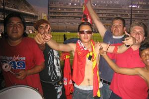 Cronica Roja .- Alentando En El Capwell