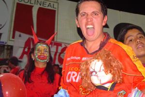Cronica Roja .- El Juanpa Con El Chuky