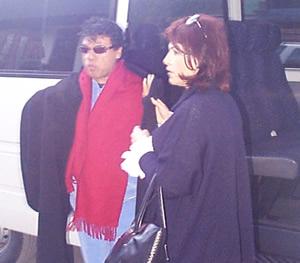 Juan Gabriel en Cuenca .- Juan Gabriel arribo alrededor de las 18h30 al Hotel Oro Verde en Cuenca, luego de pasar por el Cajas.