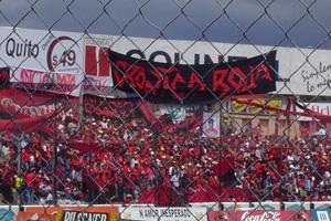 Cronica Roja .- Toma De Lejos