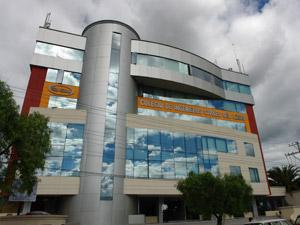 Colegio de los Ingenieros Civiles del Azuay .-