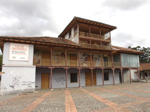 Casa Chaguarchimbana .-