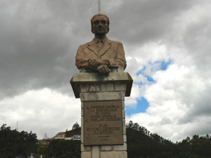 Monumento a Severo Espinoza .-
