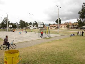 Parque Alborada .-
