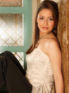 Elección de la Reina del Azuay 2006 .- Andrea Berzosa, 18 Años de Edad, representante del Cantón Sevilla de Oro