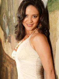 Elección de la Reina del Azuay 2006 .- Fernanda Rodas, 20 años de Edad, representante del Cantón Gualaceo