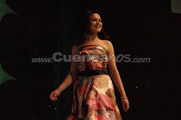 Elección Reina del Azuay 2007 .- Tatiana Segovia representa al Cantón Gualaceo, tiene 17 años de edad y estudia Administración de Empresas en la Universidad Politécnica Salesiana, en su presentación en traje casual