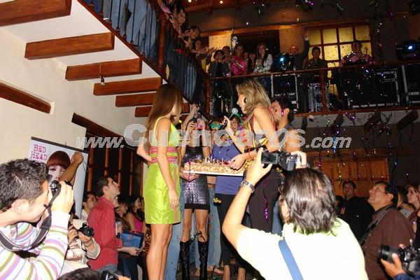 Fashion Week 2008 .- En la Discoteca Zoe se realizo la inauguración del Fashion Week 2008, conjuntamente el cumpleaños de Cecilia Niemes, donde se realizo un desfile de modas y traje de baño.